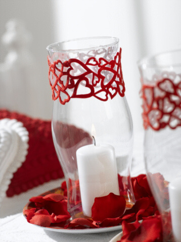candle centerpiece Romantic Table Decorations Ideas for Valentines Day