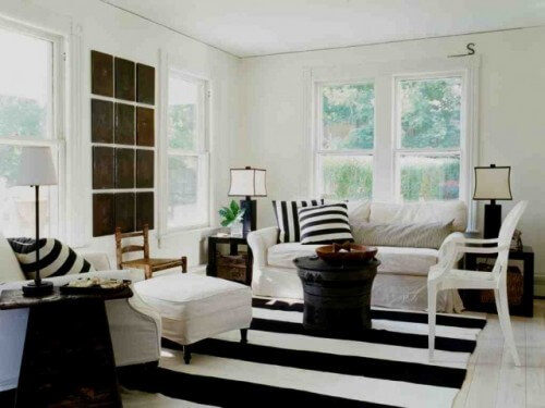 eclectic-living-room-stripes