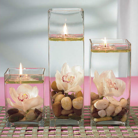 floating flowers and candles Romantic Table Decorations Ideas for Valentines Day