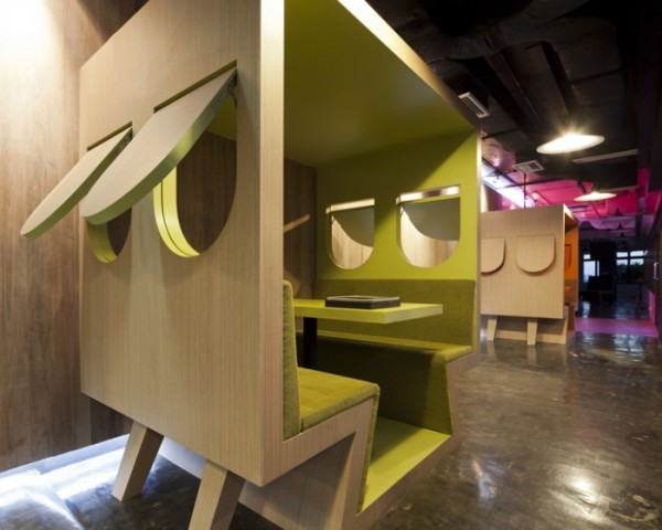 sms saatchisaatchi 30 600x480 Playful and Inspiring Design Solutions for Saatchi&Saatchis Office in Bangkok
