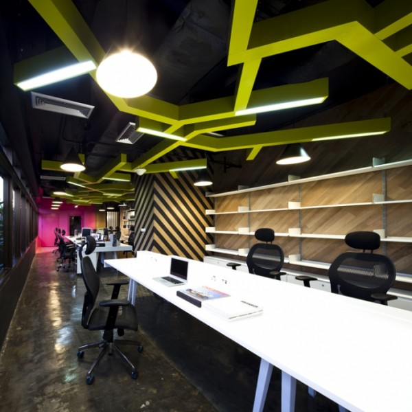 sms saatchisaatchi 32 600x600 Playful and Inspiring Design Solutions for Saatchi&Saatchis Office in Bangkok