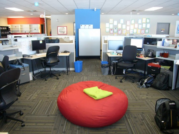 google office canada 600x450 Awesome Google Offices Designs Around the World