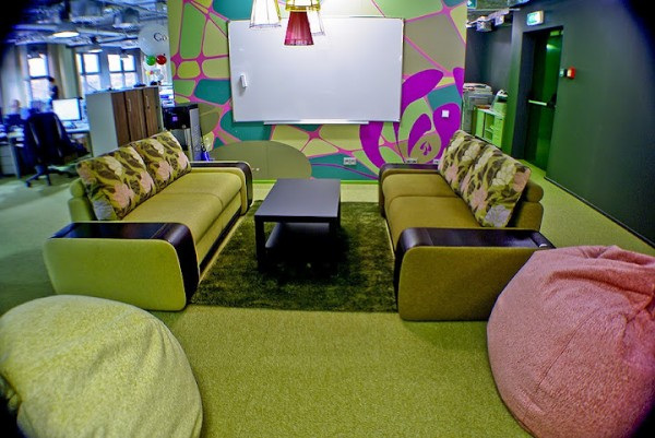 google office russia 600x401 Awesome Google Offices Designs Around the World
