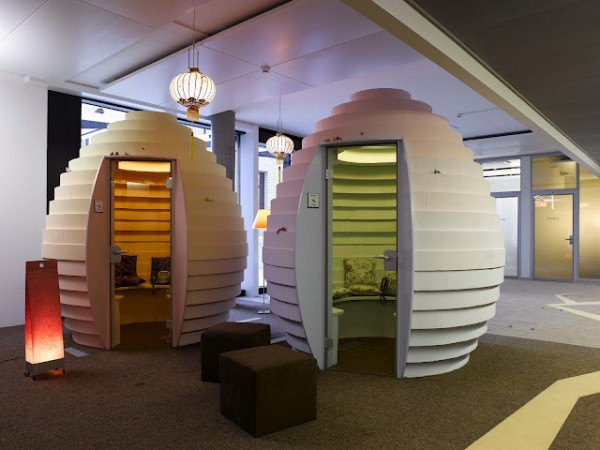 google office switzerland2 600x450 Awesome Google Offices Designs Around the World