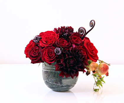valentines day flower centerpiece11 Vibrant Valentines Day Flowers Centerpiece Ideas