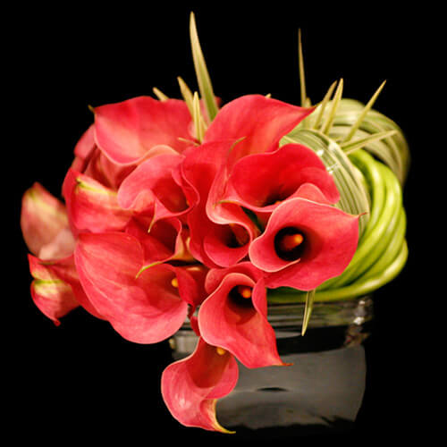 valentines day flower centerpiece9 Vibrant Valentines Day Flowers Centerpiece Ideas