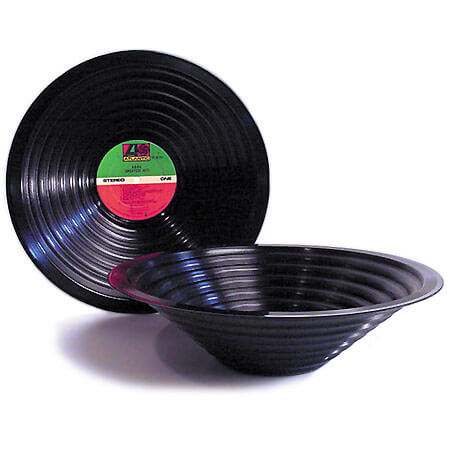 Jeff davis bowl recycled records 22 Decorative Objects Ideas Using Old Vinyl Records