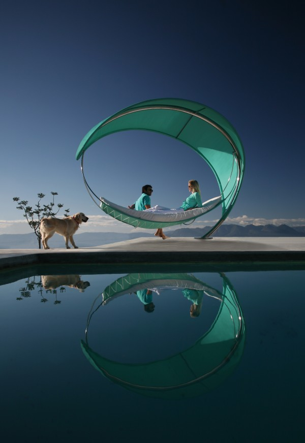 Wave hammock2 600x872 The Wave Hammock, a Unique Leisure Creation