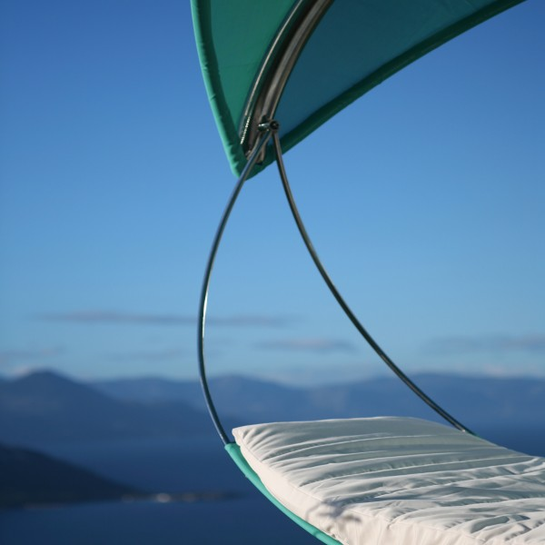 WaveDetail hammock 600x600 The Wave Hammock, a Unique Leisure Creation