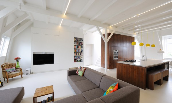 apartment in amsterdam 600x360 Bright Contemporary Apartment Reflecting Eye Catching Details