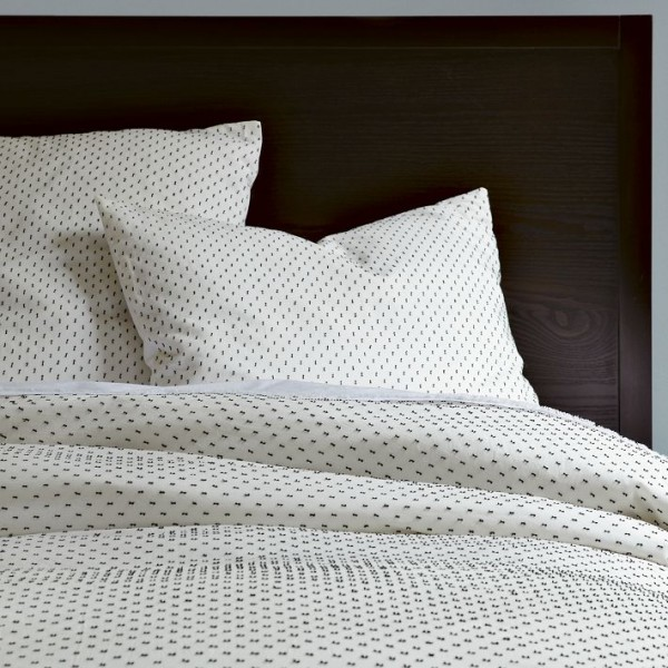 bedding 4 600x600 10 Splendid Bedding by West Elm