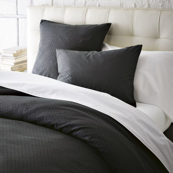 bedding 5 600x600 10 Splendid Bedding by West Elm