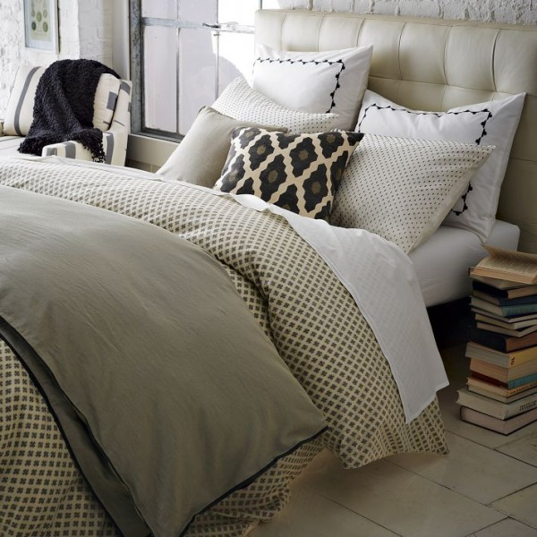 bedding 66 600x600 10 Splendid Bedding by West Elm