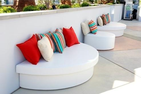 modern outdoor furniture5 15 Modern Furniture Ideas for Inviting Outdoor Spaces