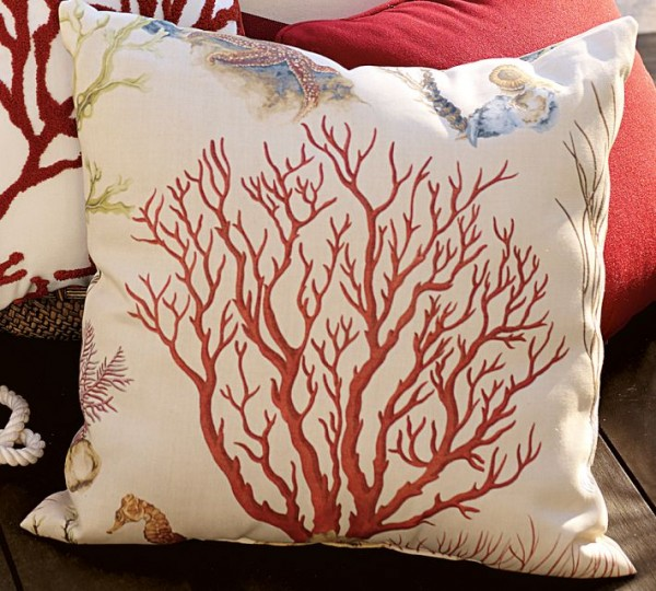 outdoor pillows coral design 600x540 20 New Outdoor Pillows Models from Pottery Barn