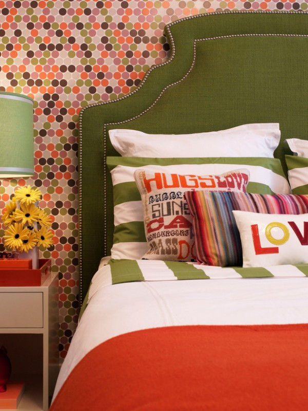 tangerine tango combinations 600x799 10 Most Prominent Hues for Spring 2012