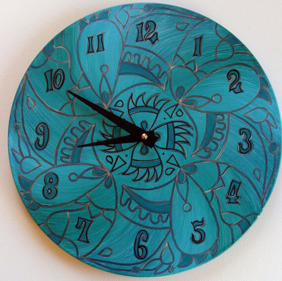 wicked clock recycled vynil records 22 Decorative Objects Ideas Using Old Vinyl Records