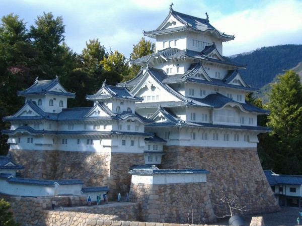 Himeji Castle national treasure 600x450 4 Amazing Japanese Castles Designated National Treasures