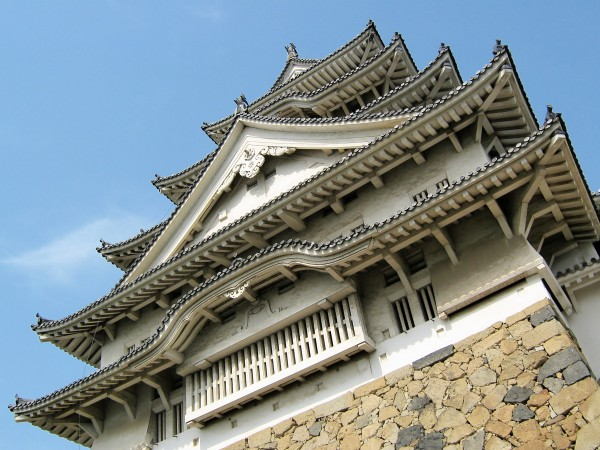 Himeji Castle Japan1 600x450 4 Amazing Japanese Castles Designated National Treasures