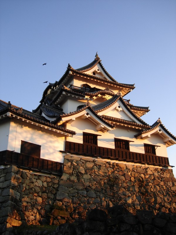 hikone jo 600x800 4 Amazing Japanese Castles Designated National Treasures
