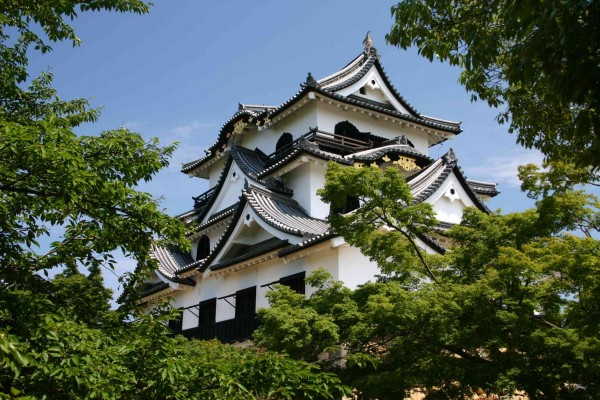hikone01 600x400 4 Amazing Japanese Castles Designated National Treasures