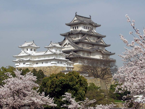himeji japan castle 600x450 4 Amazing Japanese Castles Designated National Treasures
