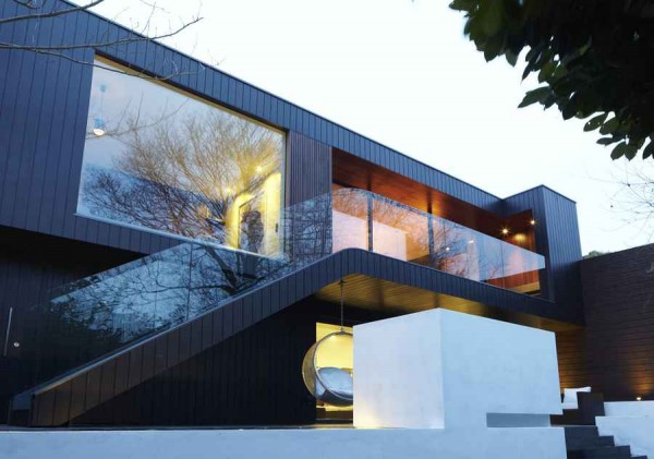 kingsley place house 600x421 Contemporary Architecture of a House in London