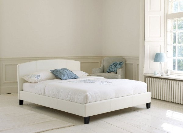 lazio 2 600x436 How to Know If a Queen Sized Bed is Right for You