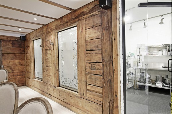 pastry boutique great design 600x400 Enchanting Interior Design for a Pastry Shop in Montreal