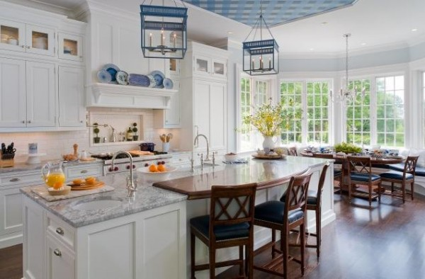 white-traditional-kitchen12