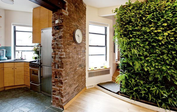 150356 173764612651697 156451904382968 506447 1523289 n Add Greenery to Your Interior Space Using Vertical Gardens