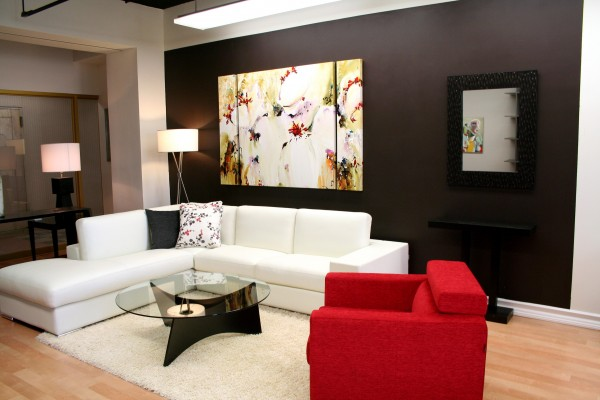 Modern living room with wall decoration 600x400 Living Room Paint Ideas