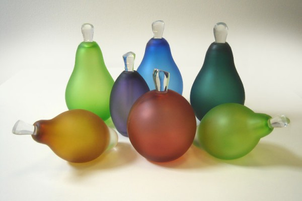 aa1930b3c86e 600x400 Distinctive and Contemporary Glass Bottles Collection by LoCo Glass