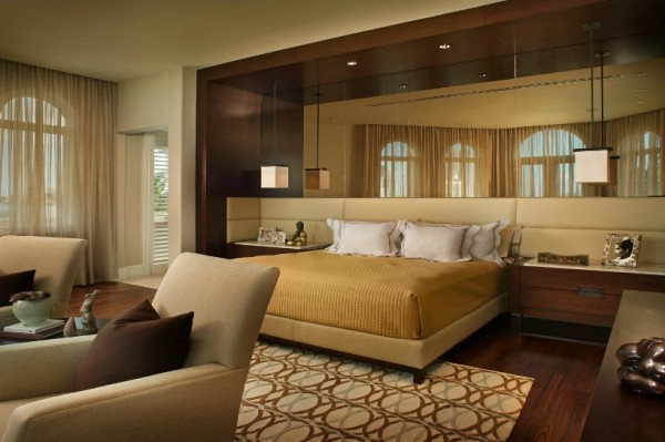 bedroom designs contemporary1 600x399 15 Beautiful and Contemporary Bedroom Designs