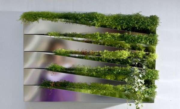 greenery 600x365 Add Greenery to Your Interior Space Using Vertical Gardens