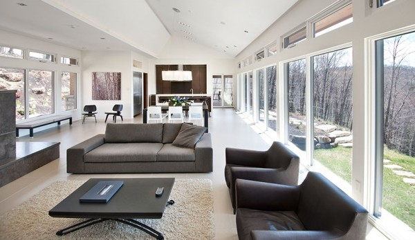 minlt 600x348 Minimalist Interior Design Defines the Laurentian Long House