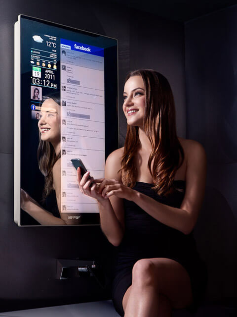 pic6 A Reflective Mirror into a Digital Life   The Worlds First Intelligent Mirror