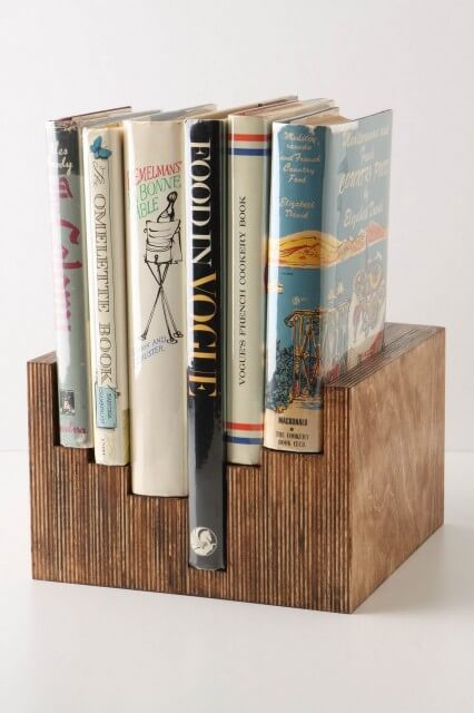405204 0 4 6249 traditional books 10 Vintage Home Accessories
