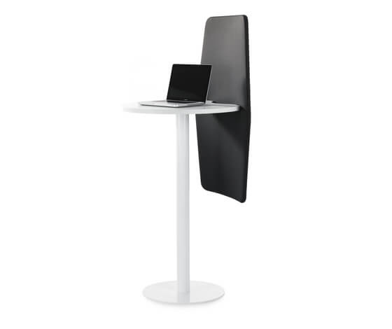 7 Isla individual workdesk with sound absorbency partition Innovative Mobile Workplace by Abstracta