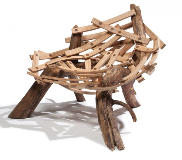 eyrie cahir g 1 600x528 Inventive Nature Inspired Design: Eyrie Chair by Floris Wubben