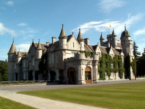 Balmoral Castle Scotland 02 600x450 7 Most Renowned Scottish Castles