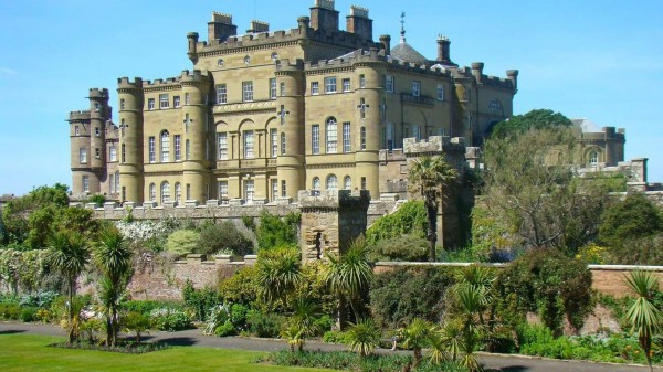 Culzean Castle Scotland 02 600x337 7 Most Renowned Scottish Castles
