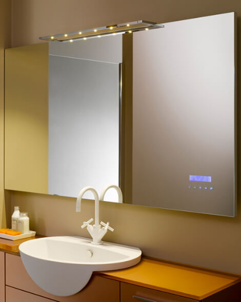 Maitre Mirror with mp3 player by Stocco 03 Sleek Mp3 Mirror for Bathroom by Stocco