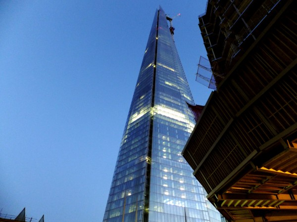 The Shard London by Renzo Piano 06 600x450 The Shard Skyscraper, Europe's Tallest Building Unveiled in London