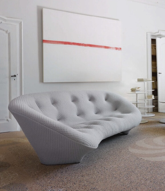 dare to be different with ploum sofa by ligne roset. Black Bedroom Furniture Sets. Home Design Ideas