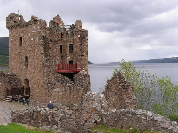 Urquhart Castle Scotland 02 600x450 7 Most Renowned Scottish Castles
