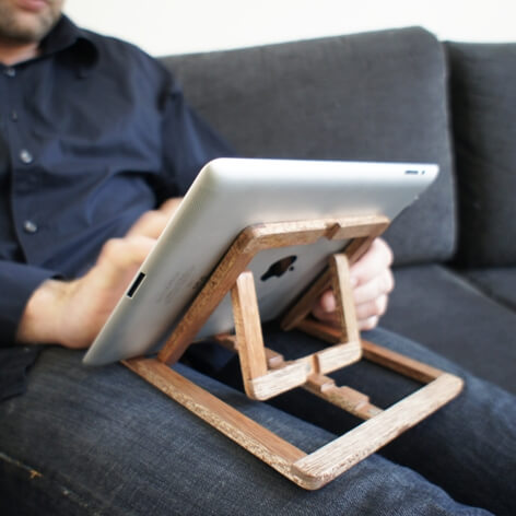 Adjustable wooden stand for Ipad 03 iPad Stand Design by OOOMS