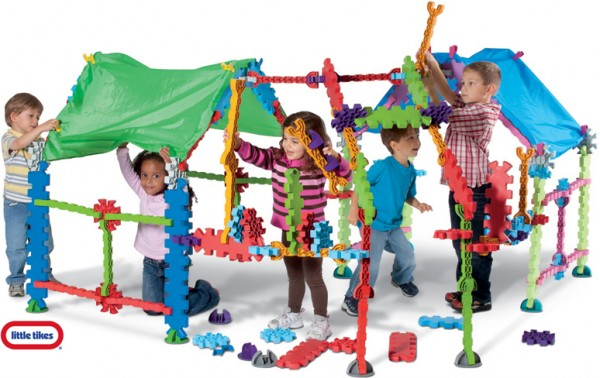 Tikestix toys for children by Josh Finkle 01 600x378 Innovative Construction Play Set Connects Parent and Childs