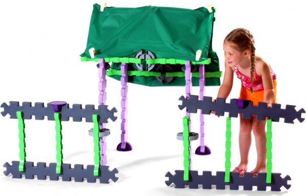 Tikestix toys for children by Josh Finkle 09 600x384 Innovative Construction Play Set Connects Parent and Childs