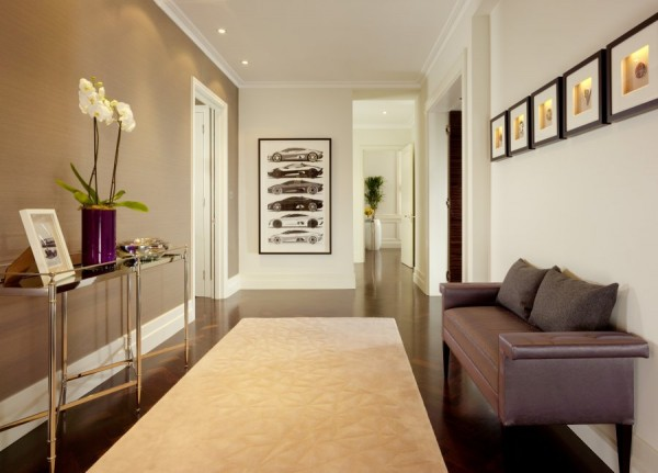 Luxurious Jaguar Suite in London 011 600x431 Power and Luxury: The Jaguar Suite at 51 Buckingham Gate, London